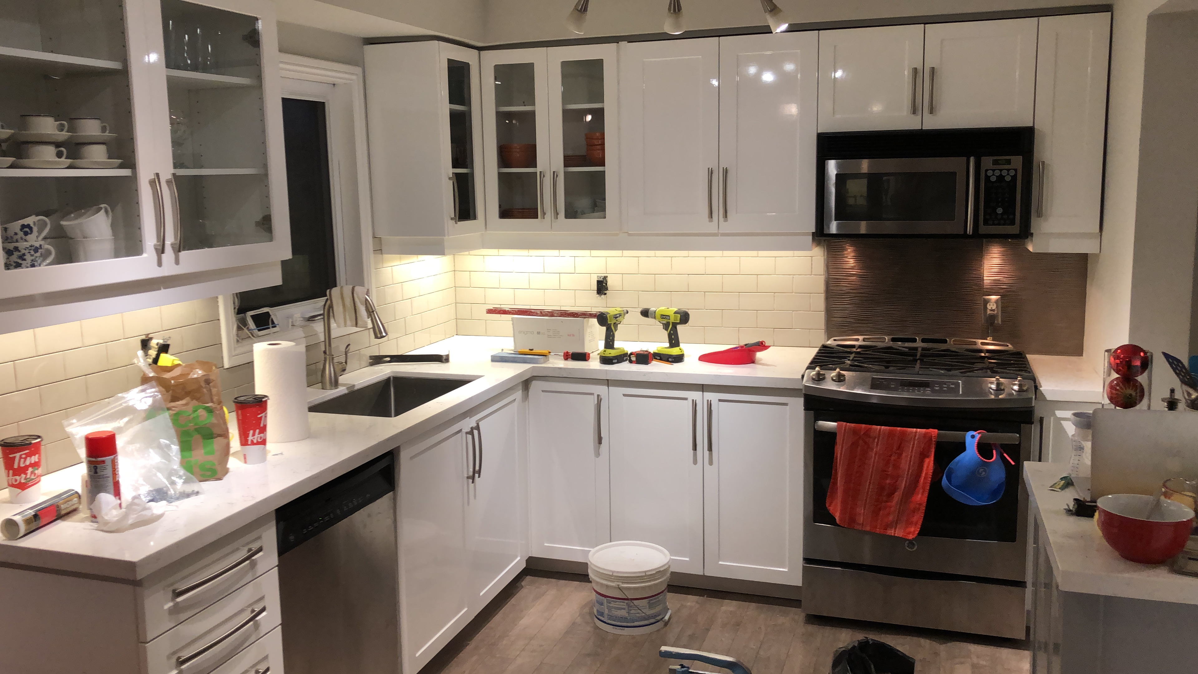 Cash and Carry Kitchen Cabinets Toronto