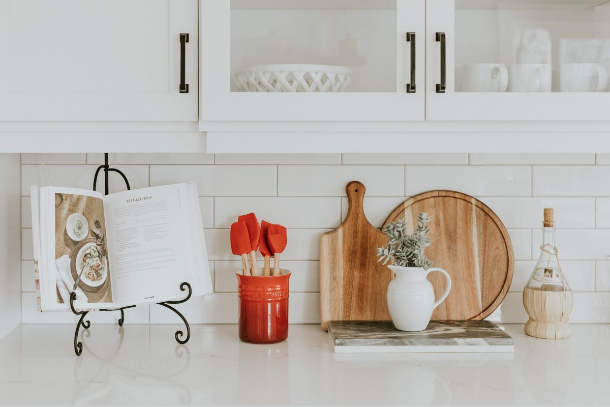 Make Dinner Preparation a Breeze with Proper Cabinets